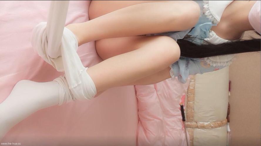 网红嫩妹甜味迷漫VIP收费视频双马尾白丝袜粉嫩嫩白h[1v/800M]
